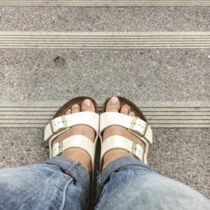 Birkenstock Arizona Birko-Flor Shiny Snake Cream