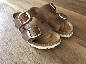Birkenstock Strapped Sandals gold-colored-cognac-coloured