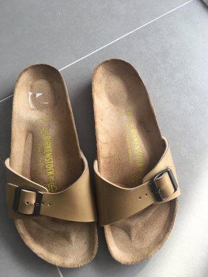 Birkenstock Comfortabele sandalen zandig bruin
