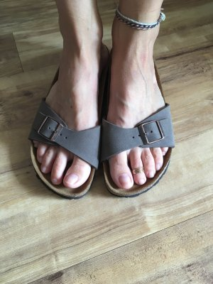 Birkenstock Strapped Sandals light brown