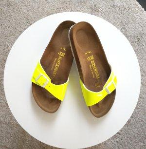Birkenstock Sandalo con tacco alto giallo neon