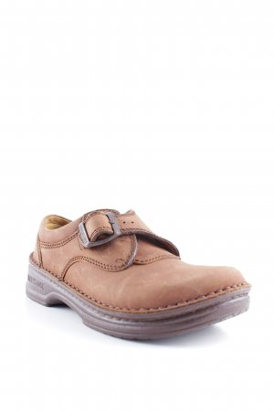 Birkenstock Scarpa slip-on marrone-cognac stile country