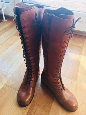 Birkenstock Stiefel in Größe 38, super bequemes Fußbett, hochwertige Materialien