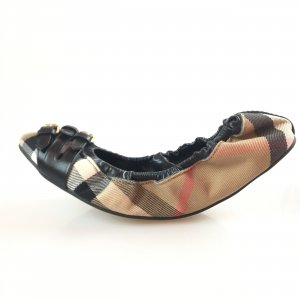 Black  Burberry Flat