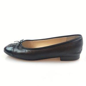 Black  Chanel Flat