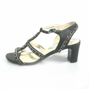 Chanel Sandalias de tacón negro