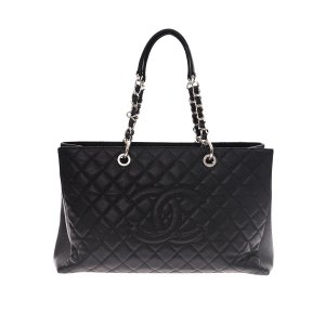 Black  Chanel Shoulder Bag