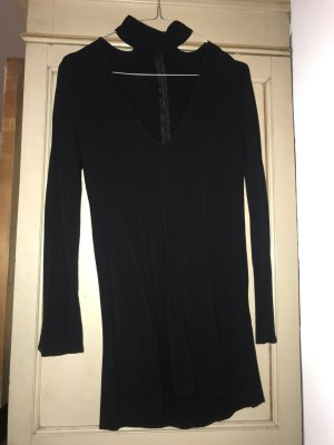 Black Dress Kurz Mit Halsband