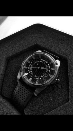 Horloge met lederen riempje zwart Edelstaal