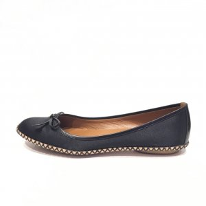 Black  Marc Jacobs Flat