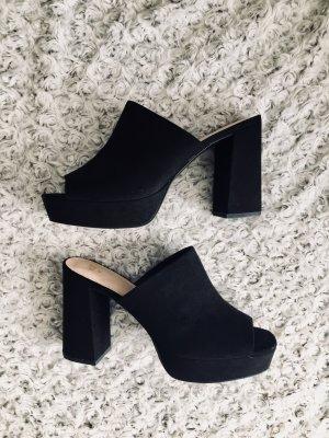 Black stilettos NEU