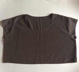 Black Vintage Cropped Top