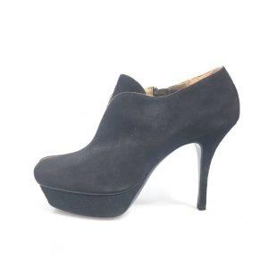 Black  Yves Saint Laurent Boot