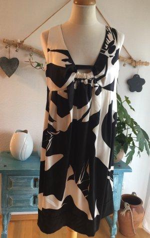 Blacky Dress /Berlin schönes Kleid Größe 42