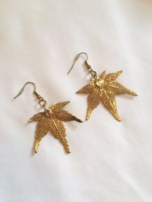 Blattrausch Ohrringe, Japanischer Ahorn Gold, 24 Karat, neuwertig