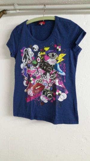 Blau / buntes T-shirt