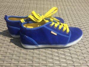 Blau/Gelbe Schuhe