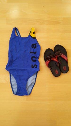 Blau-gelber Badeanzug