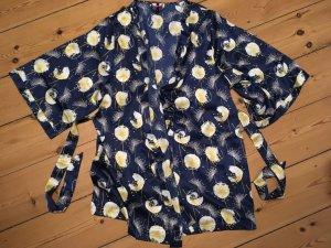 Blau-gemusterter, edler Kimono, Morgenmantel
