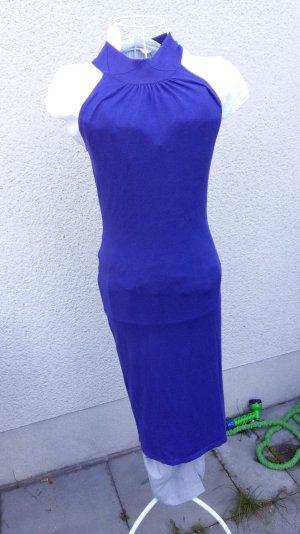 blau-lila feingestricktes ärmelloses Schlauchkleid leicht stretchig