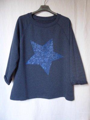 Blau-melierter 3/4-Arm-Pullover mit einem großen, blauen Stern von Esprit