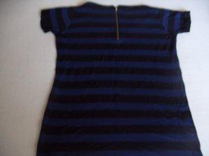 Blau-Schwarz gestreiftes Shirt