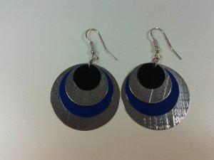 Blau schwarz Silberne Plättchen Hänger Ohrringe von SIX