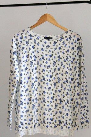 Blau-weiß geblümter Pullover von Mango