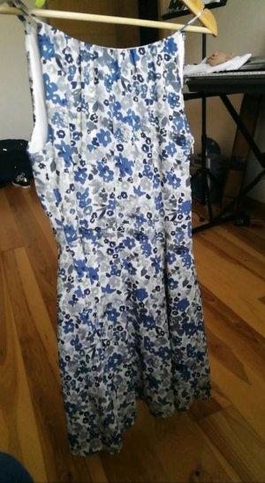 Blau Weiß geblümtes Sommerkleid von 17 & Co