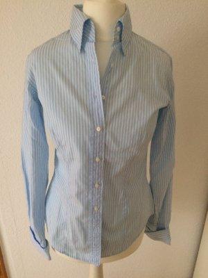 Blau-weiß gestreifte Bluse von GAP