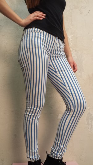 Blau-weiß gestreifte Skinny Jeans super stretch von Topshop
