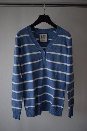 Blau- weiß gestreifter Pullover;