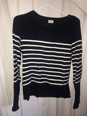 Blau / weiß gestreifter Pullover
