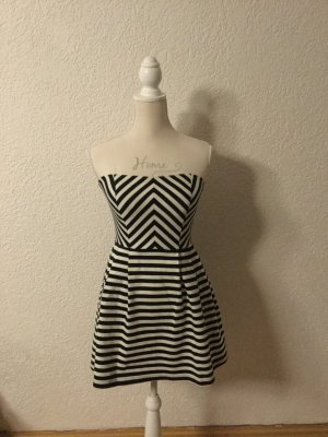Blau - Weiß gestreiftes Kleid
