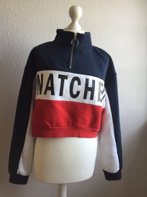 Blau ,weiß ,roter Pullover