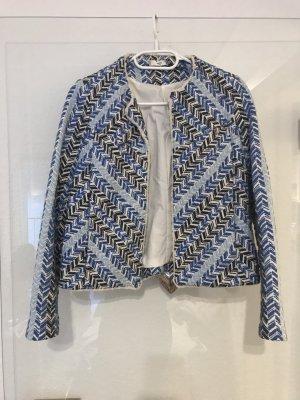 Blau-weiße Bocle-Jacke