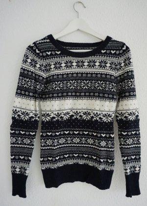Blau-weißer Norweger-Pullover