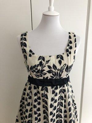 Blau/weißes Kleid mit Blumenmuster
