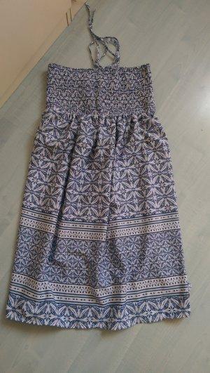 Blau weißes Kleid mit Muster Neu
