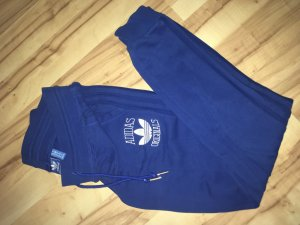 Blaue adidas Jogginghose