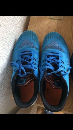 blaue bequeme Nike 38,5
