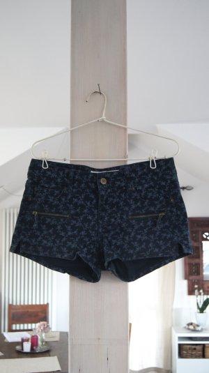 Blaue Blumen Hotpants