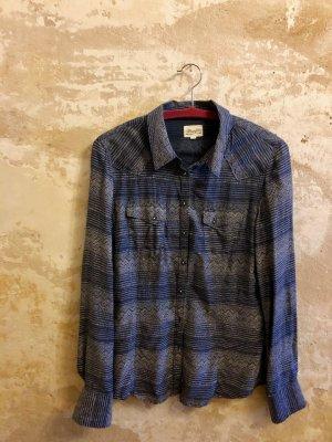 Blaue Bluse von Wrangler