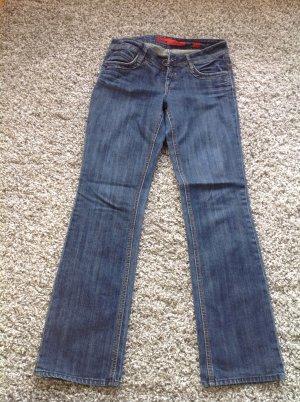 Blaue Bootcut -Jeans