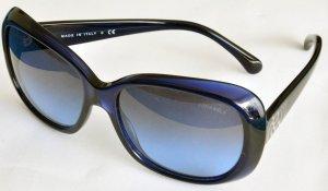 Blaue Chanel Sonnenbrille