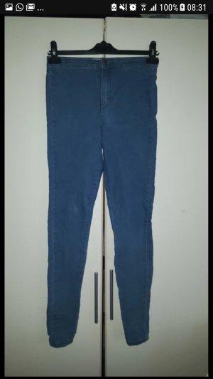 Blaue Highwaist Hose