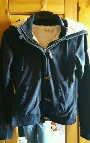 Blaue Hollister Jacke mit Fell