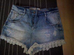 Blaue Hot Pants vom Primark