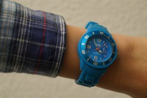 Blaue Ice Watch Armbanduhr