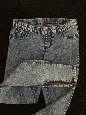 Blaue Jeans-Jegging mit Reißverschluss am Hosenbein